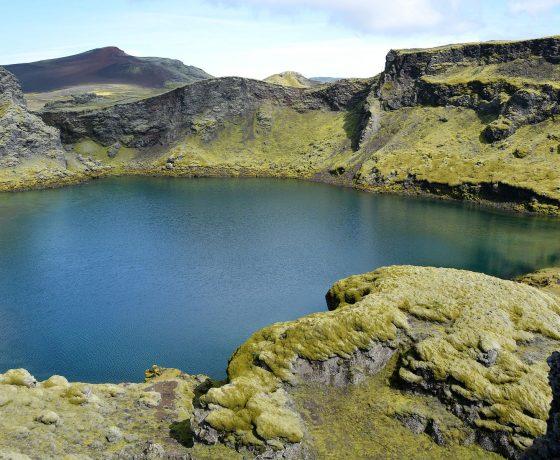 006-Tjarnargigur-krater-islandia_1-560x460 ISLANDIA