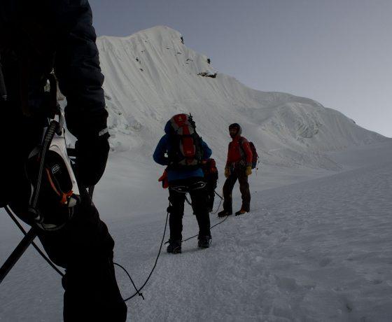 island_peak_jesien_2011_14_20120213_1243730100-560x460 trekking EVEREST - najpiękniejszy trekking świata